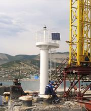 Строительство светящего навигационного знака «Пирса нефтяной гавани «Шесхарис»